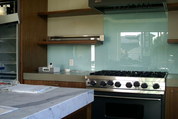 Salpicadero de vidrio para cocina - Encimeras de cocina de cristal ...